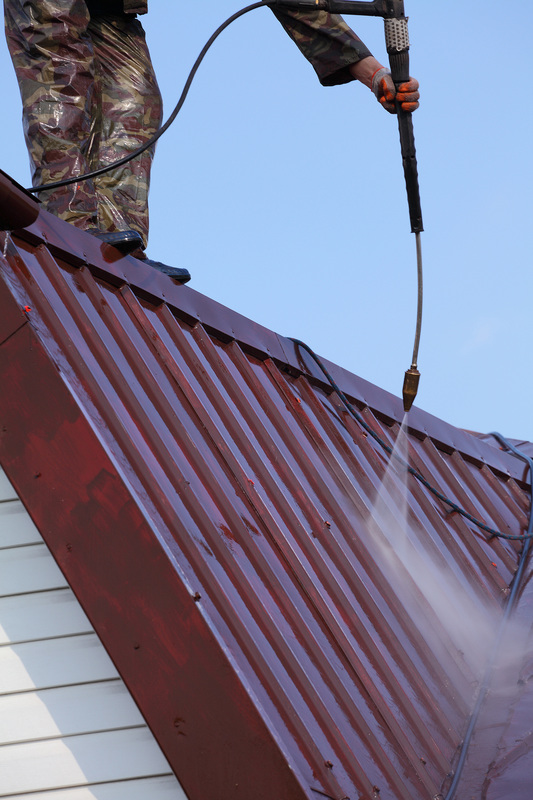 metal roof cleaning seattle